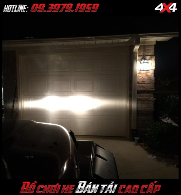 Picture led bar <strong>độ đèn Ford Ranger</strong>: Đèn led bar là phụ kiện rất cần thiết để giúp soi sáng cho xe bán tải, ô tô vào ban đêm
